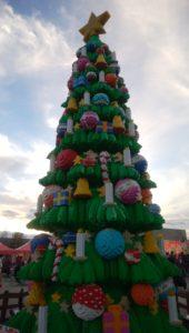 3レゴランドのクリスマスツリーの画像